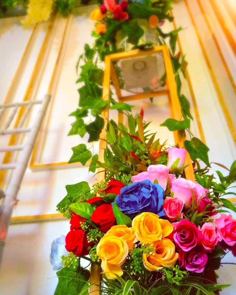 Meskipun Bunga Artificial Itu Cantik Namun Cantiknya