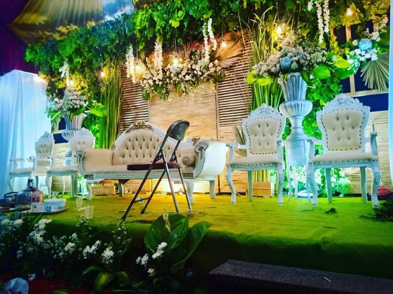 Potret Malam Instalasi Konsep Rustic Daniico Wedding